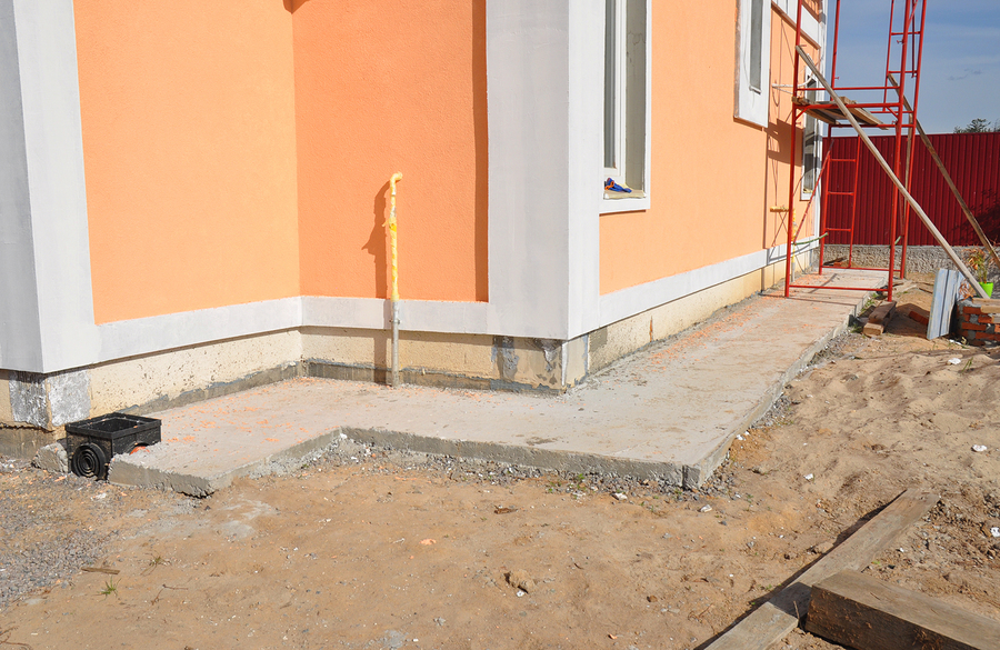 insulation with waterproof membraneinsulation stucco for house foundation construction. House foundation repair insulation with plastic drainage for rain chain pipe.